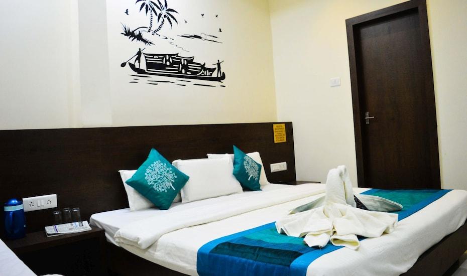Hotel Satyug, Hariphatak?Road,