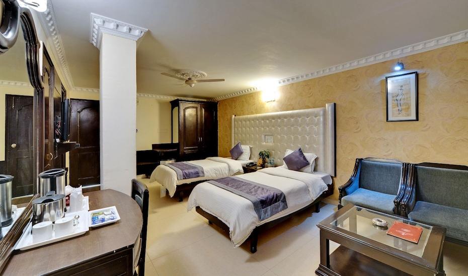 Hotel City Heart Premium, Sector 17 C,
