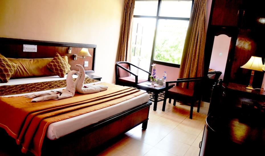 Hotel Park Regency, NH-11 , Fatehpur Sikri Road,