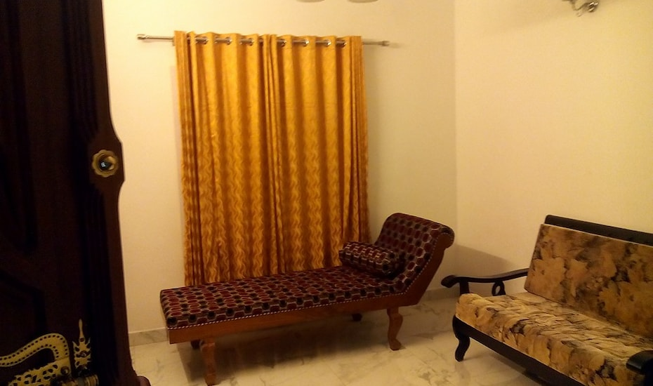 Kurinji Cottage, Colony Road,