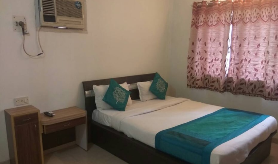 OM SERVICED APARTMENTS - Silver Heights, --None--,