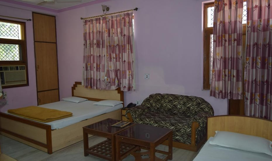 Hotel Raj Deep, none,