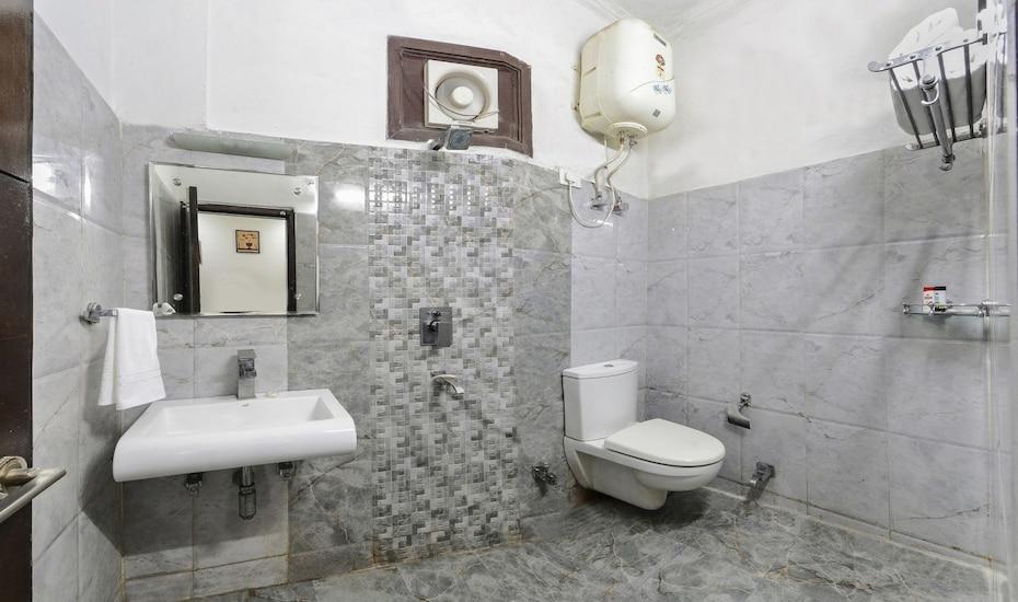 Hotel East Gate, Fatehabad Road,