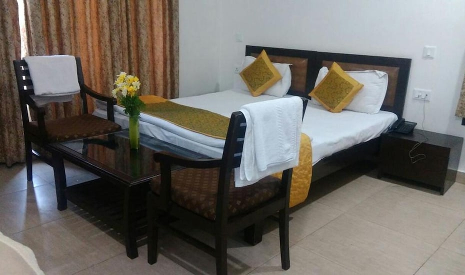 Golden Palm Suites, Dwarka,