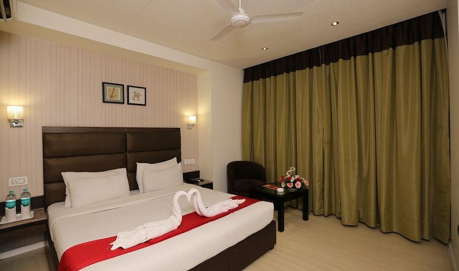 Hotel Sapphire, Zirakpur,
