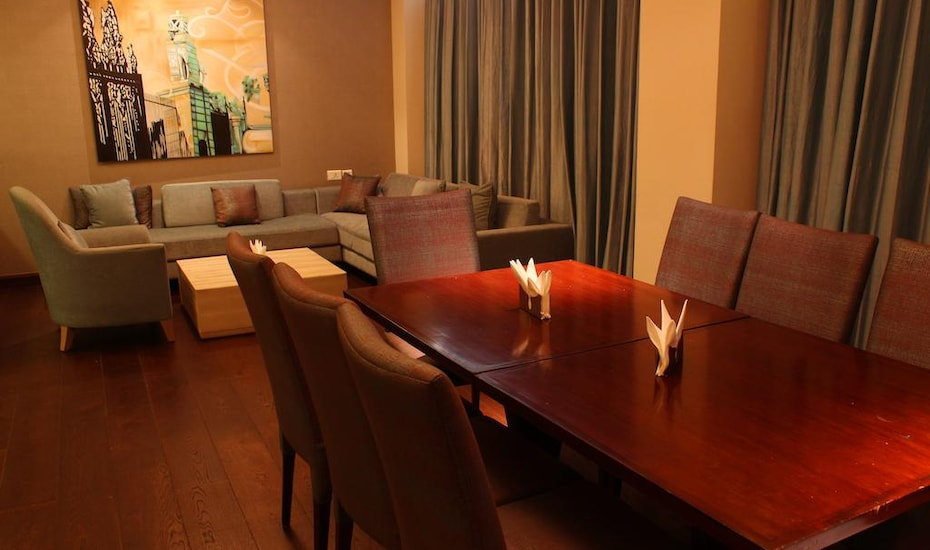 Clarens Hotel, Sector 29,