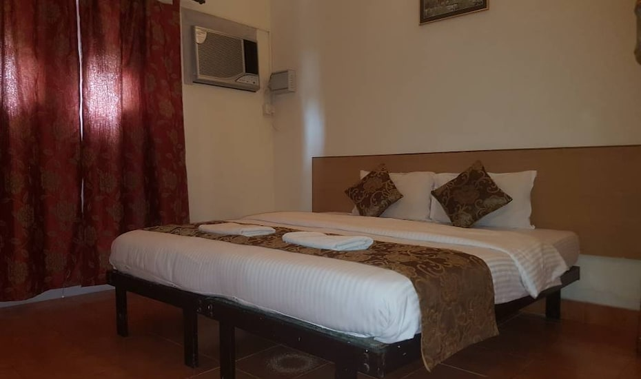1 & 2 Bedroom Row Villas- Candolim, Candolim,
