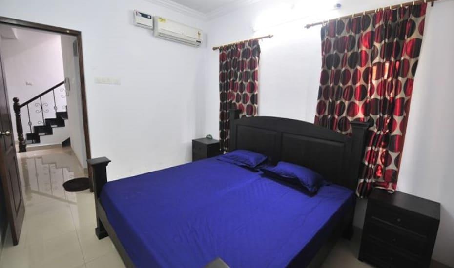 3 Bedroom  Villa -Guirim, none,
