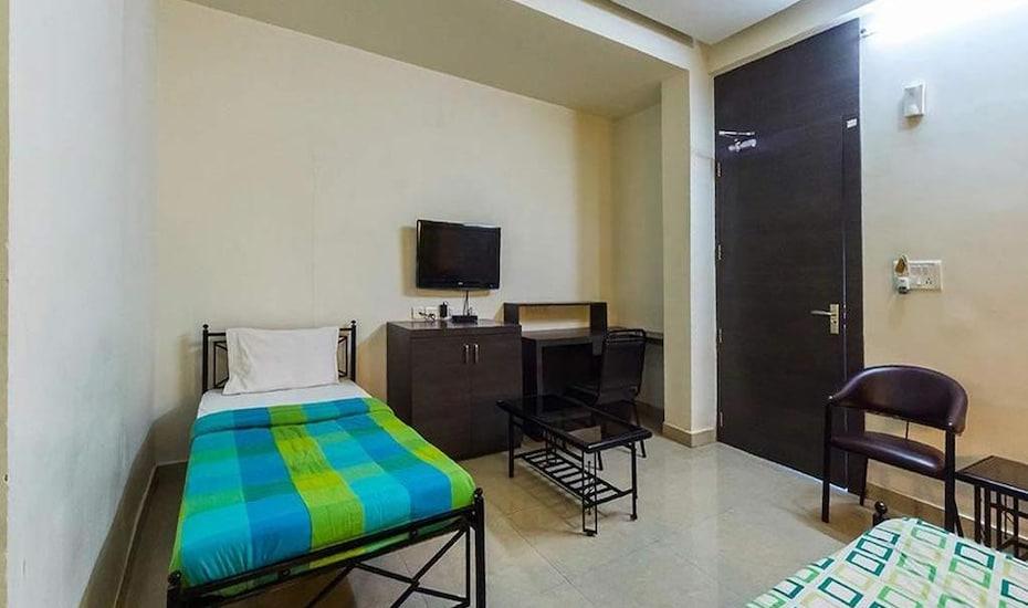 Eastern Point Inn, Wardha Road,