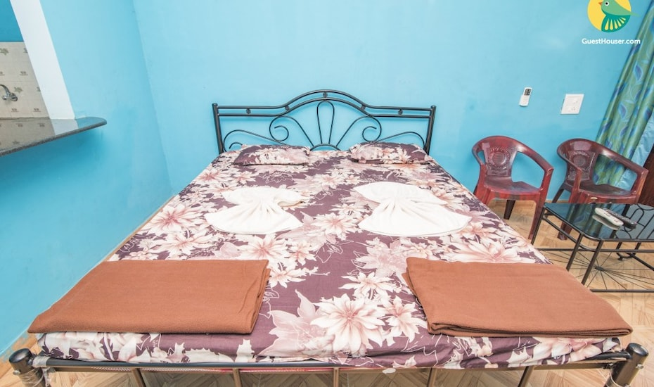 1-BR stay for three, none,