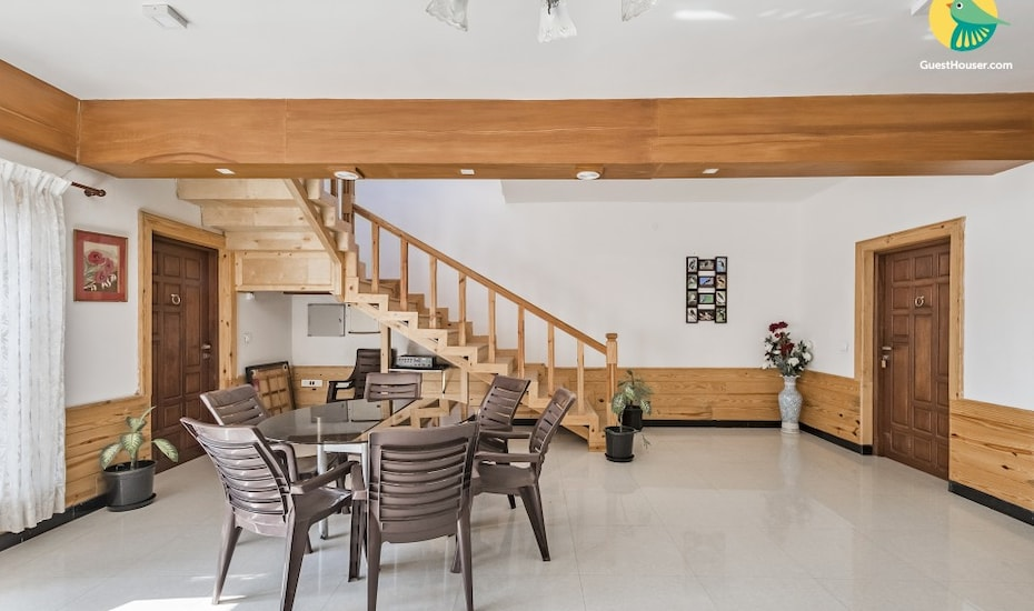 1-bedroom in a cottage with a sprawling garden, 1.8 km from Wellington Lake, none,