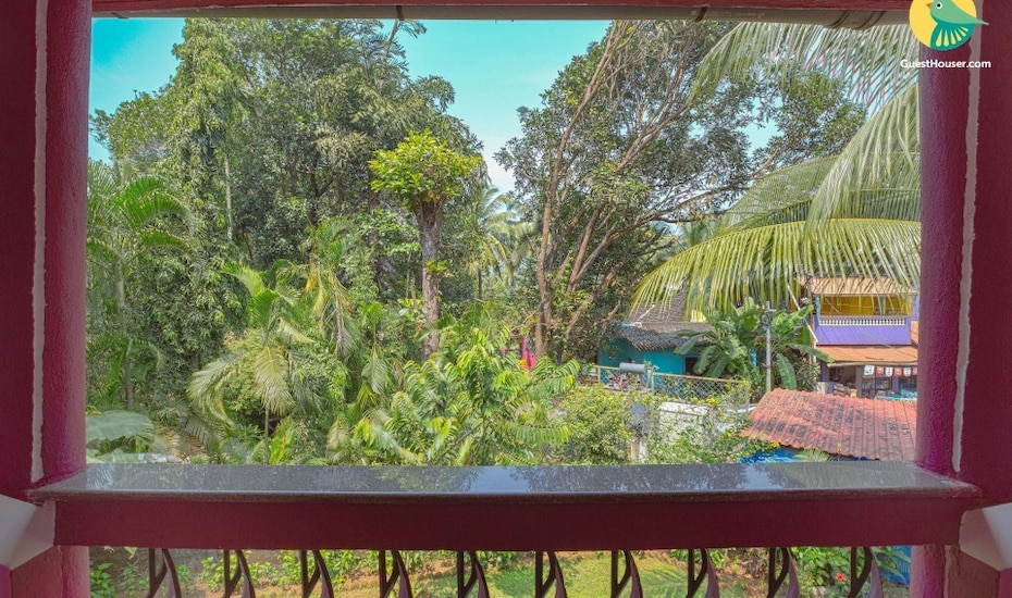 6-bedrooms guest house, 1.3 km from Benaulim Beach, Benaulim,