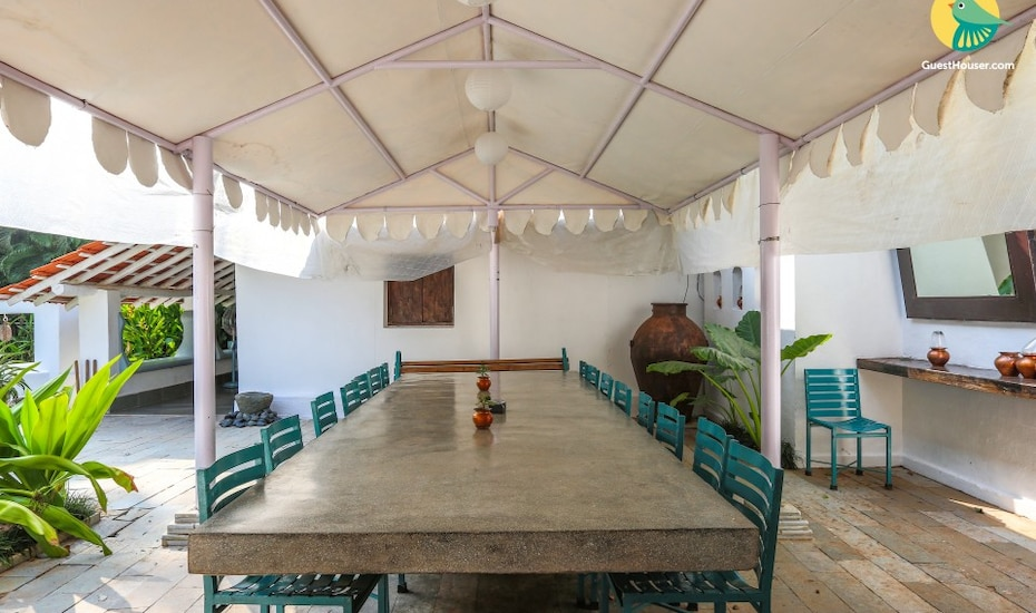 Pool heritage stay for a family vacation, 1.4 km from Majorda beach, Majorda,