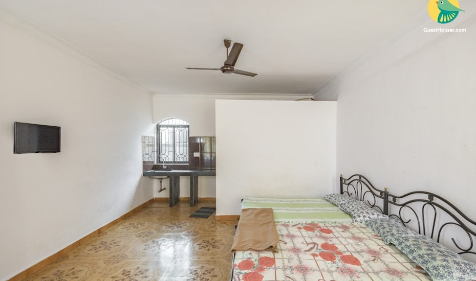 Well appointed 2-bedroom apartment ideal for a group of friends,,Goa