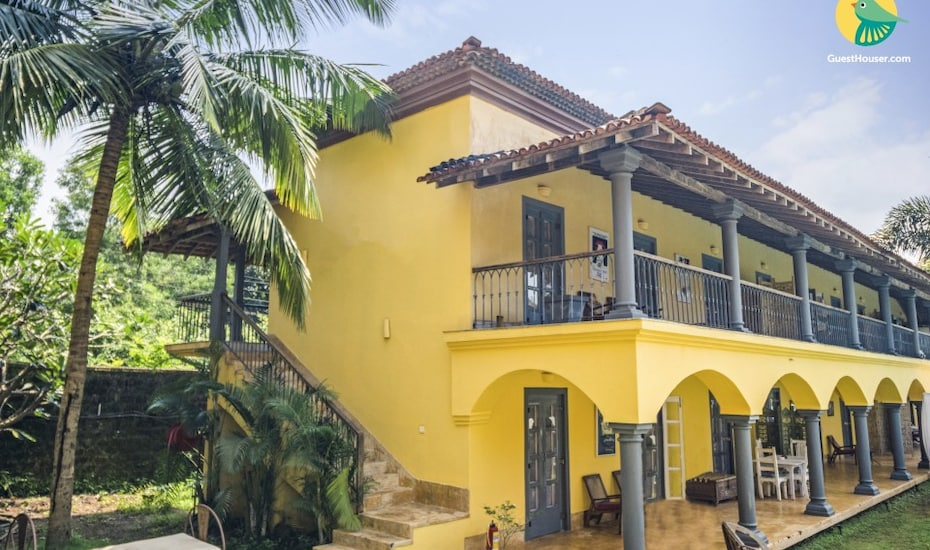 Elegantly done abode for three, close to Morjim Beach, Morjim,