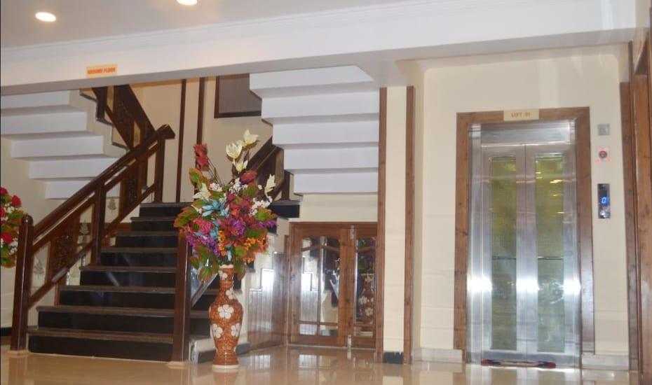 Hotel Grand MS, none,