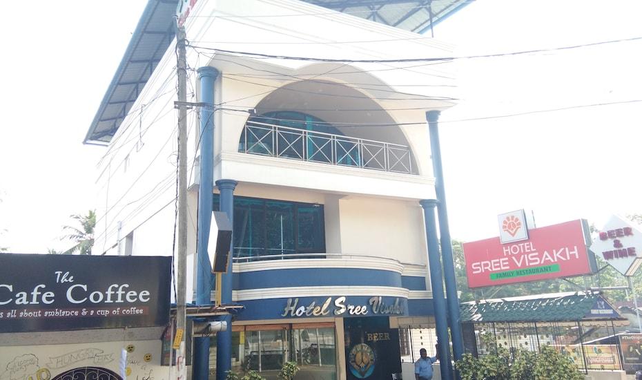 Hotel Sree Visakh,Kovalam