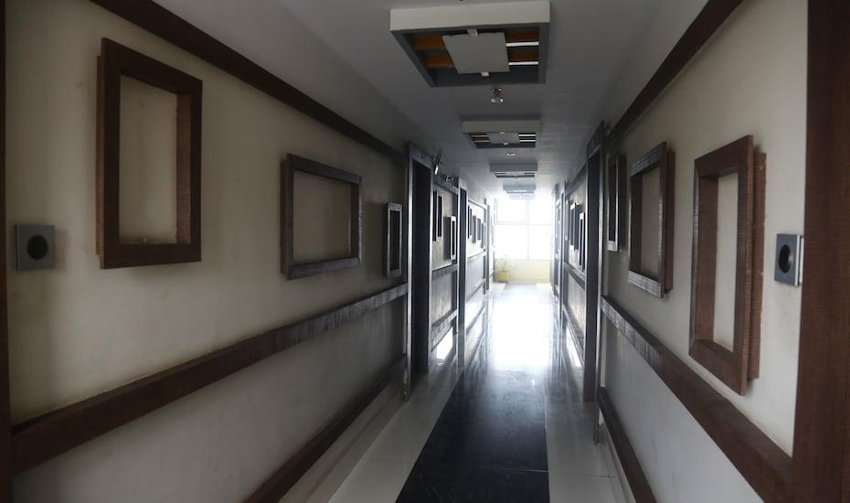 FabHotel Madhura Inn, none,