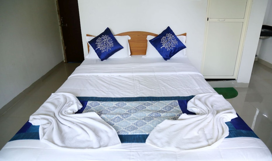 Samira Beach Resort- Morjim, Morjim,