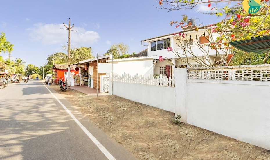 A restful stay for three, 850 m from Vagator beach, Vagator,