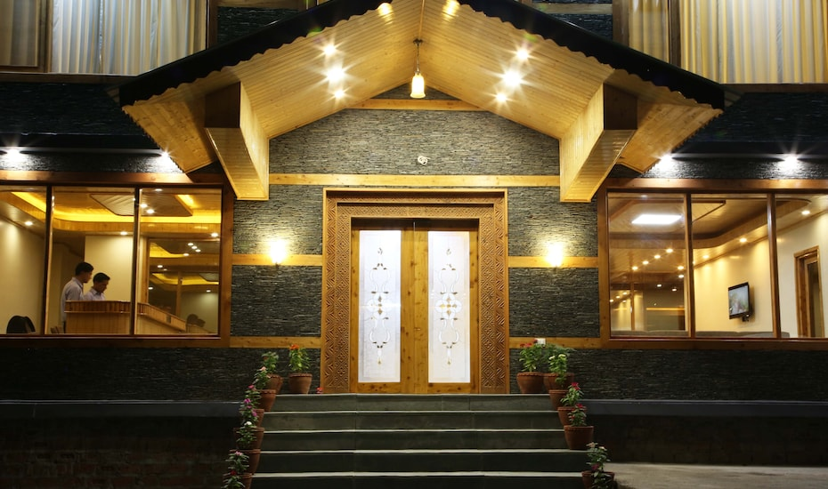Holiday Heights Manali, Kanyal Road,