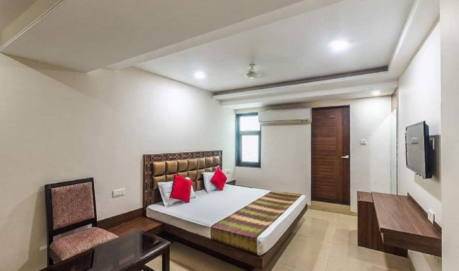 Hotel Crown Palace, Malviya Nagar,