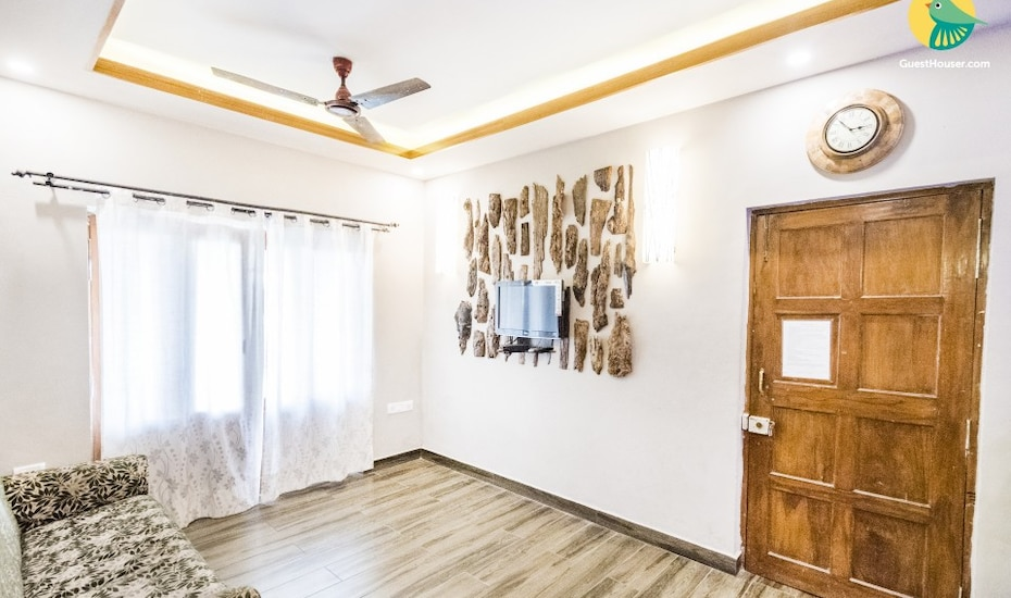 Chic studio apartment for a couple, 2.2 km from Baga Beach, Arpora,