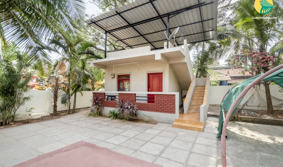 Restful abode for three, 1 km from Calangute Beach, Calangute,