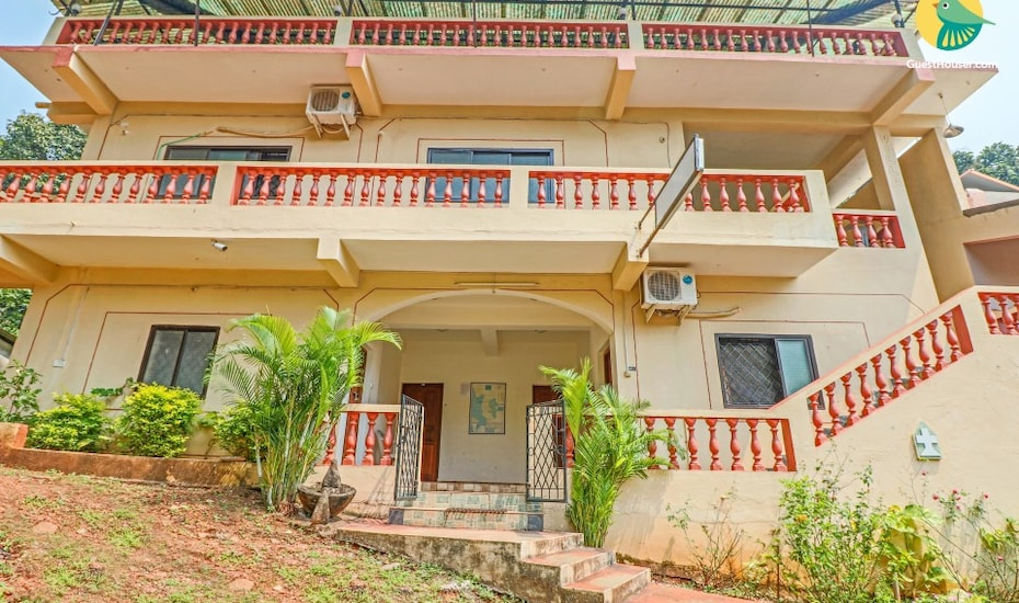 1-bedroom stay for backpackers, 600 m from Baga beach, Baga,