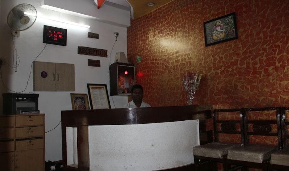 Hotel Ekta Palace Agra, M G Road,
