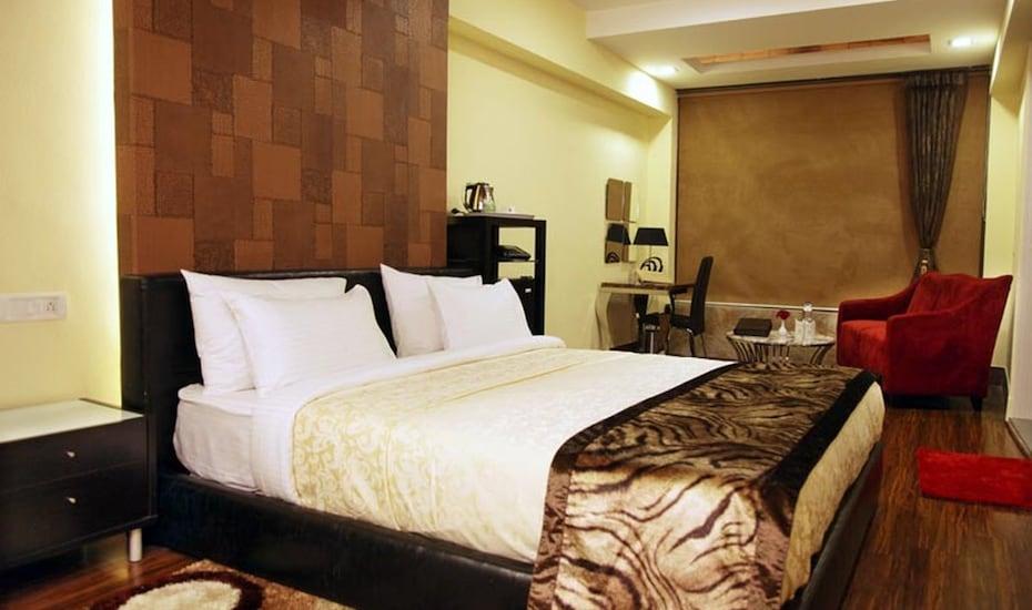 Keys Prima Aamari Resort, Malla Ramgarh,