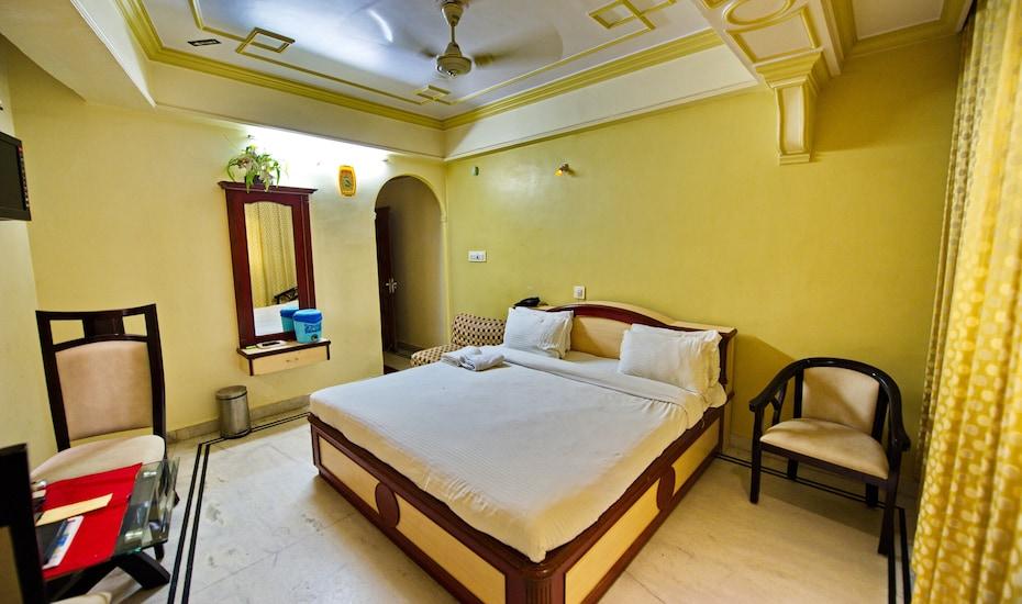 Hotel Jannat, Dargah Shareef,