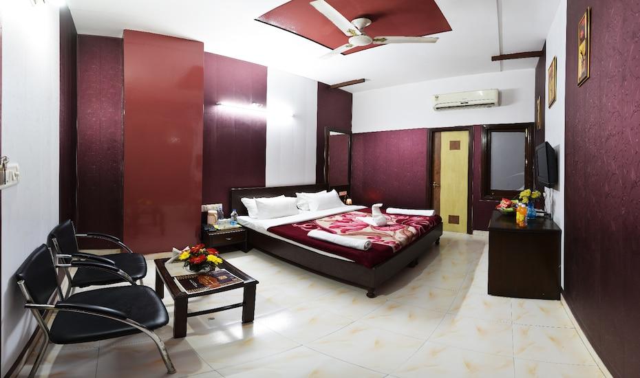 Hotel HK Continental,Amritsar