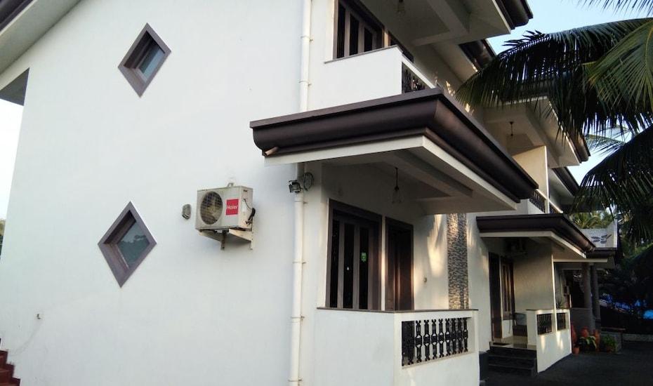 Cota's Guest House, none,