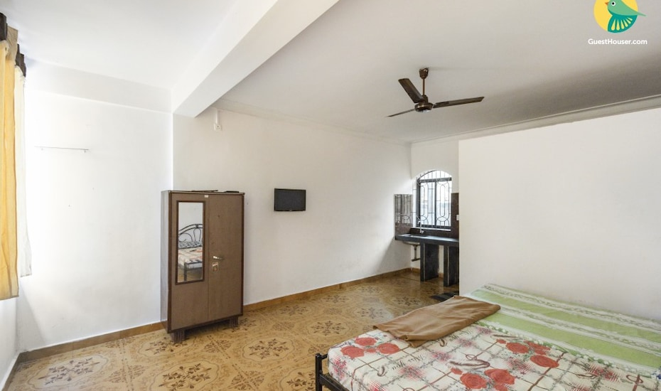 Well appointed 2-bedroom apartment ideal for a group of friends,, Calangute,
