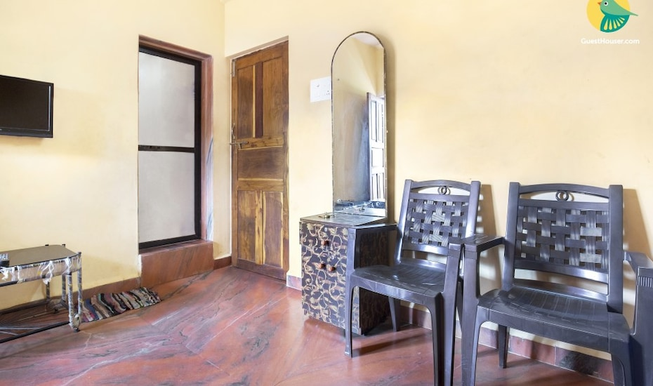 Comfortable stay fro three, 350 m from Calangute beach, Calangute,