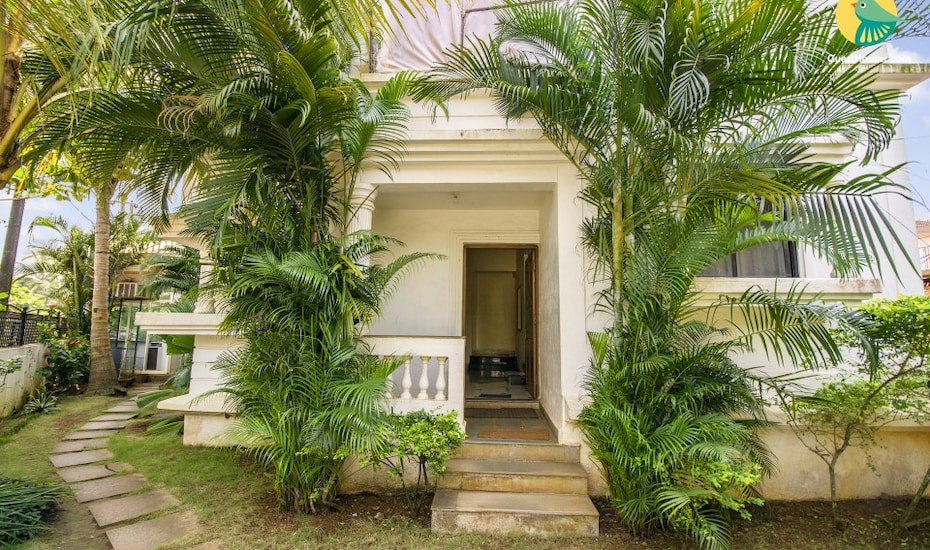 A homely accommodation for 3, in proximity to popular beaches, none,
