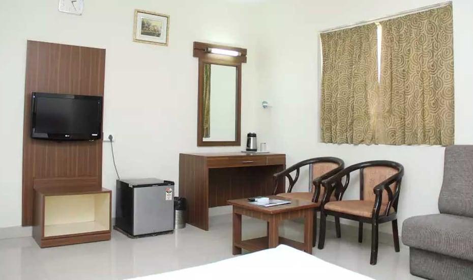Hotel Sree Krishna Grand, Miyapur,