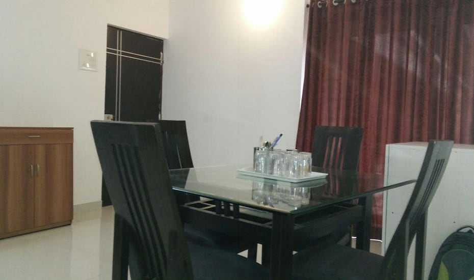 Castle Service Apartment, Andheri East,