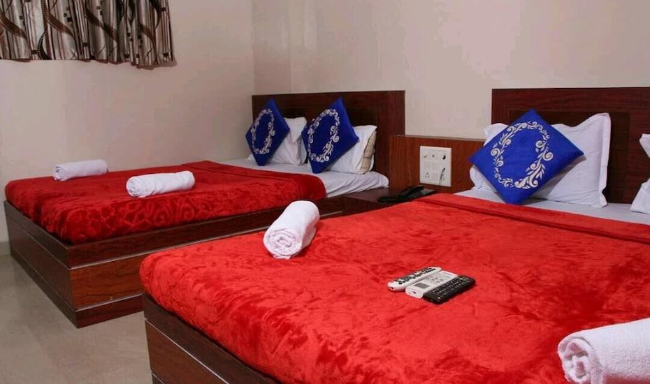 Hotel Safar Residency, none,