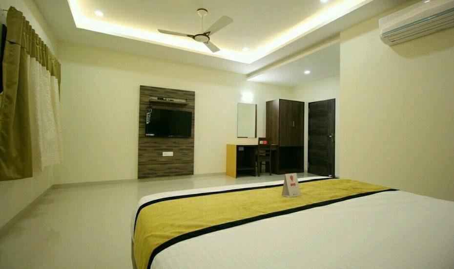 Hotel Bhavani Palace, none,