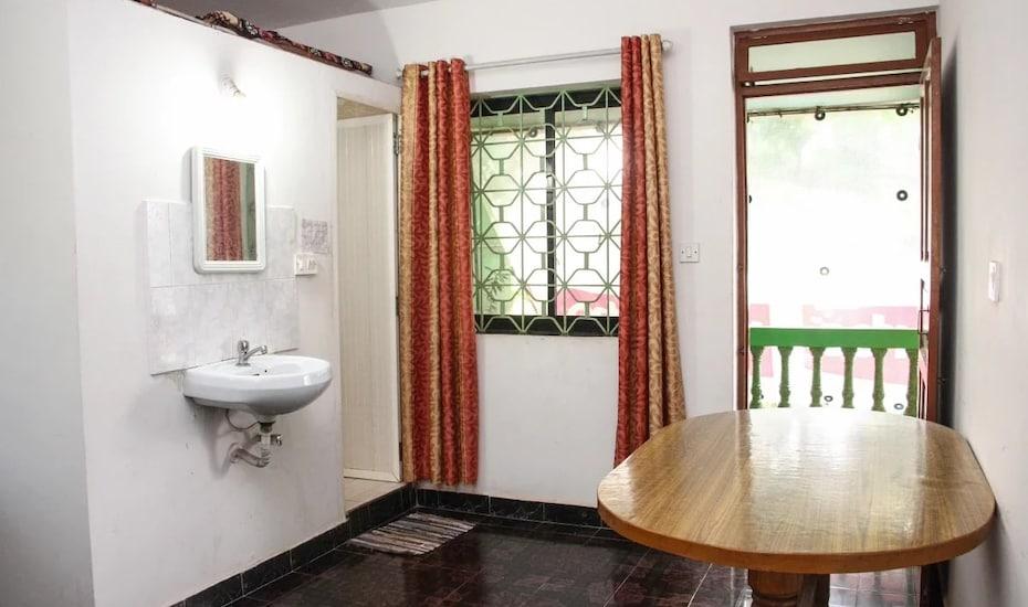 Bellicio Villa Guest House, Calangute,