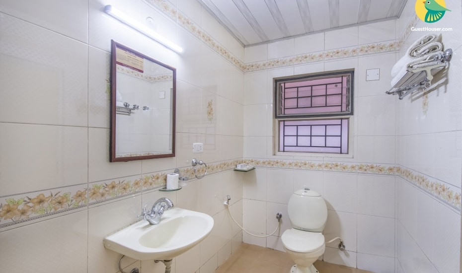 2-bedroom well-furnished stay, 300 m from Rose Garden, Coonoor Road,