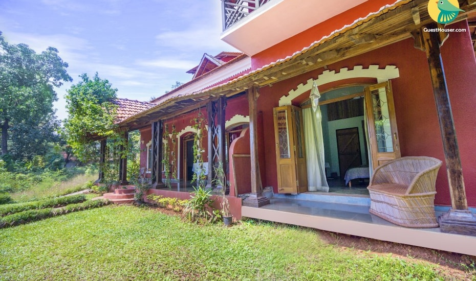 Pleasant 1-bedroom homestay, 3.6 km from Candolim beach, none,
