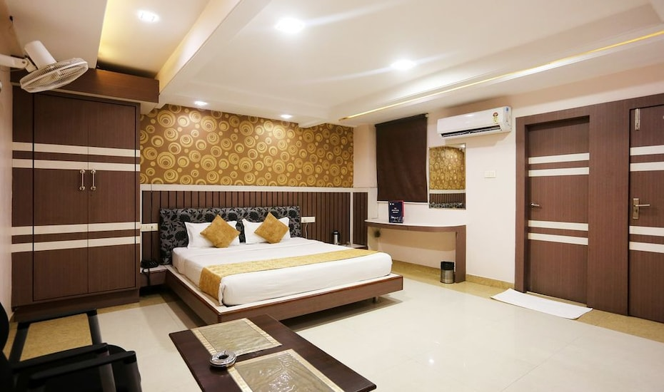 Hotel Shree Vinayak Palace, MP Nagar,