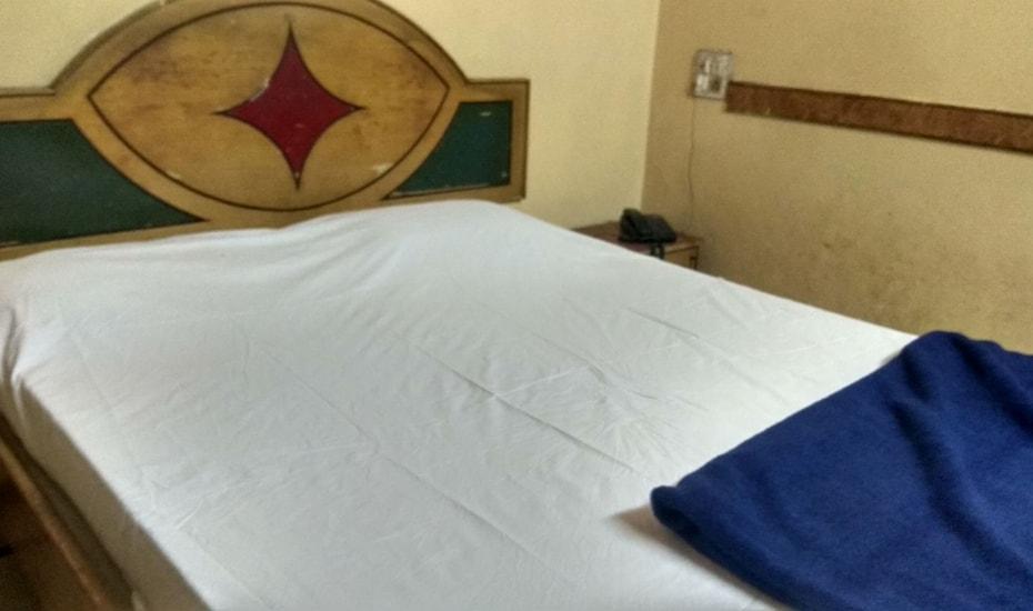 Hotel Akshaya Deluxe Lodge, none,