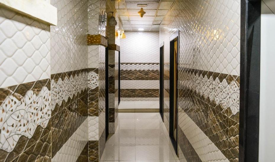 Hotel Executive Inn, none,