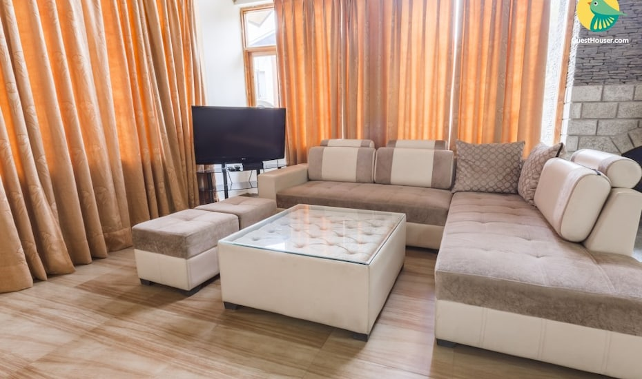 2-bedroom stay ideal for a family getaway, none,