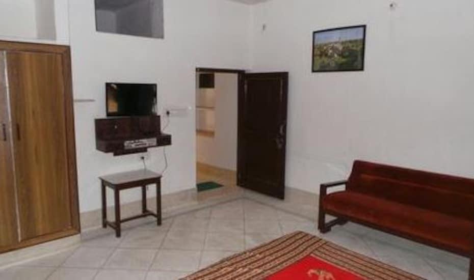 Hotel Hari Villas, Ratanada,