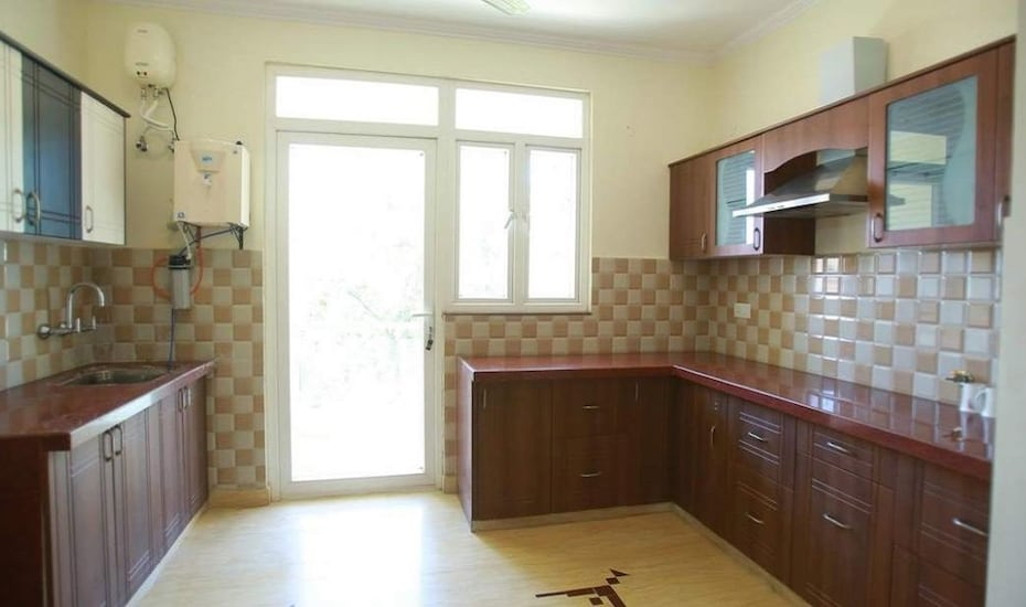 Ranbanka Royale Serviced Apartment, Circuit House Road,